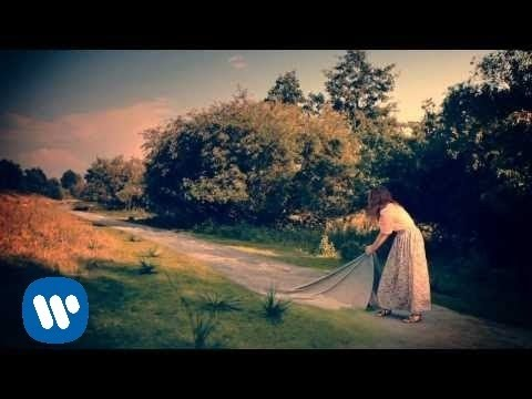 Laura Pausini - Bienvenido (Official Audio) thumbnail