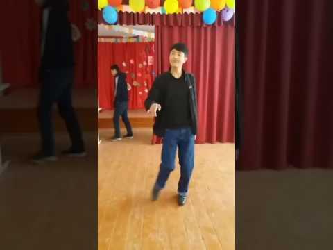 Танцуют кавказски сучка