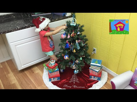 Christmas Surprise Toys DIY Ornaments Using Frozen Elsa and Anna, Pixar Cars and SpiderMan Toy Dolls