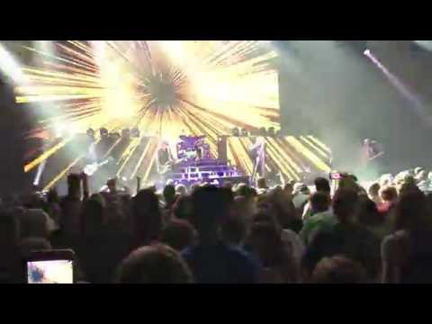 """Def Leppard - """"Let's Go"""" - First EVER Live Performance - Moline, IL 10/7/15"""