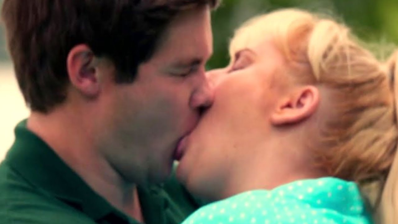 The Most Awkward Kissing Scenes Of The Past Decade Youtube