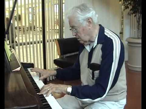 Buddy Clark plays live at Troy Center (Autumn 2010)