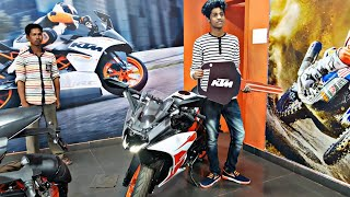 Taking Delivery of My friend's Rc 200 || Duke 390 || Duke 250 ||#ktm boys ||