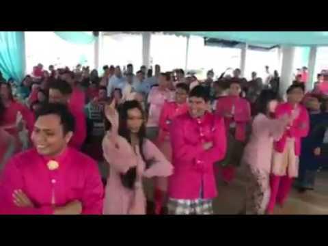 kereeeeen... Mushup di acara pernikahan pake lagu india