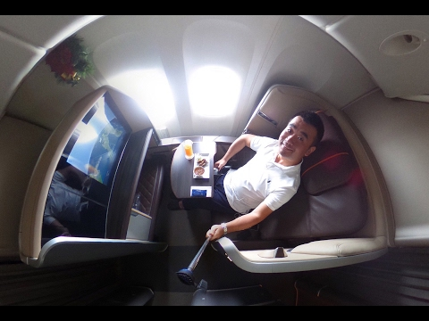 Singapore Airlines NEW FIRST CLASS Suite B777-300/ER Singapore to Dubai