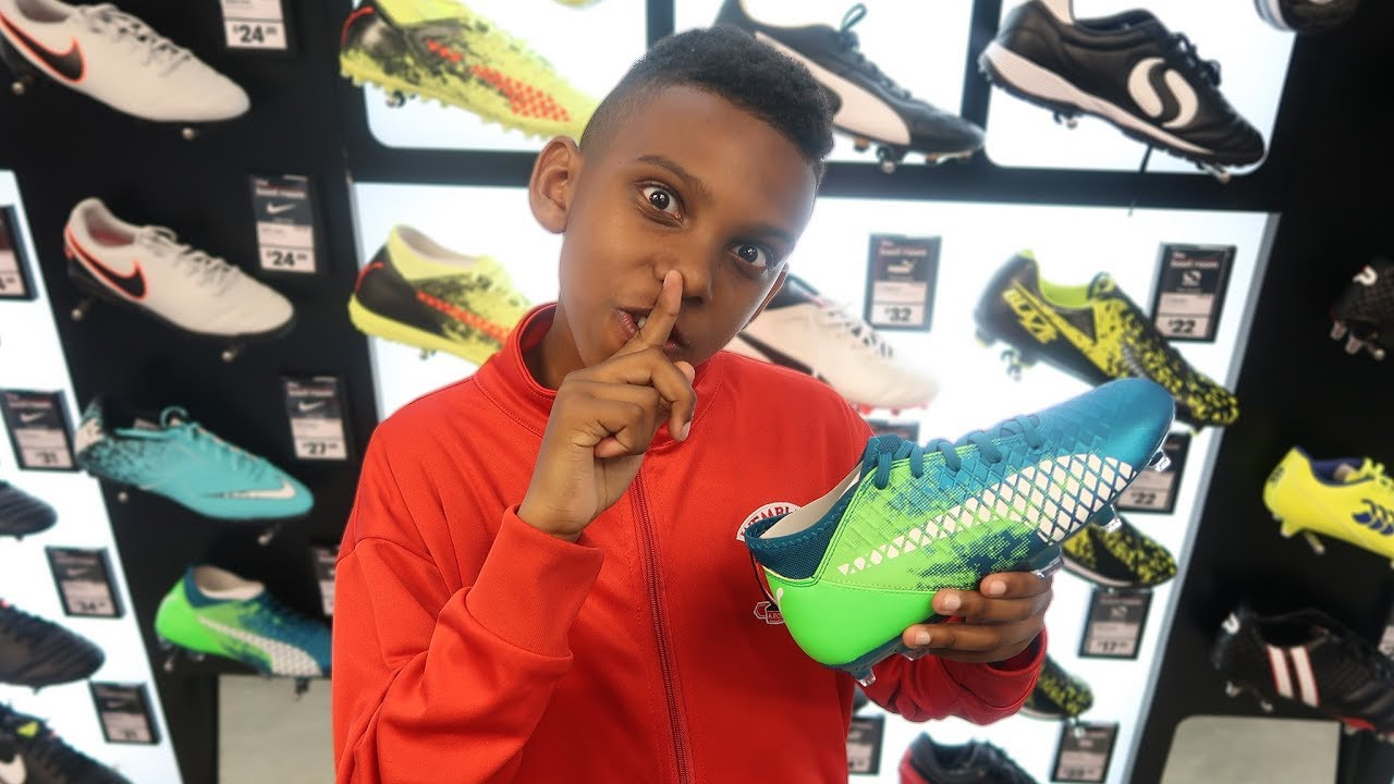 ab2bb2763 SURPRISING MY LIL BRO WITH NEW FOOTBALL BOOTS / CLEATS - YouTube