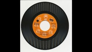 Lou Courtney - Somebody New Is Lovin
