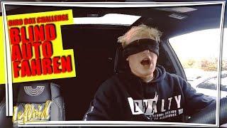 Mit VERBUNDENEN AUGEN Auto fahren - wie dumm kann man sein?