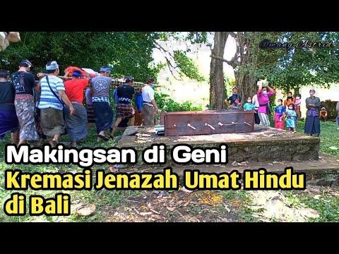 Proses Pembakaran Jenazah Umat Hindu Di Bali