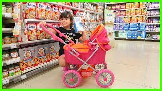 Marketten Bebeğime Süt ve Mama Aldım | Market Shopping For My Baby Funny Kids Video