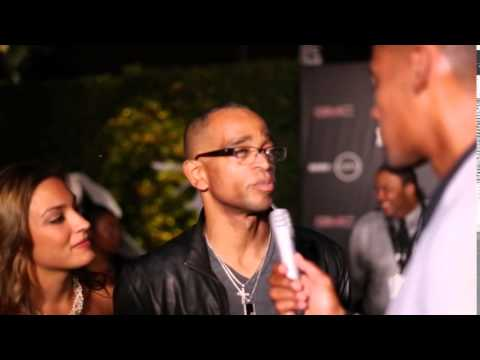 ESPN's Stuart Scott gives a quick lesson on being a great commentator.