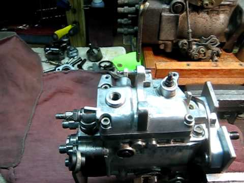 adjusting fuel enrichment screw vw bosch ve injection pumps youtube rh youtube com Bosch Injection Pump Diagram Bosch Diesel Injection Pump Rebuild