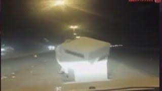 السلطات الأمنية تقبض على مواطن خلال محاولته تدمير كاميرا ساهر