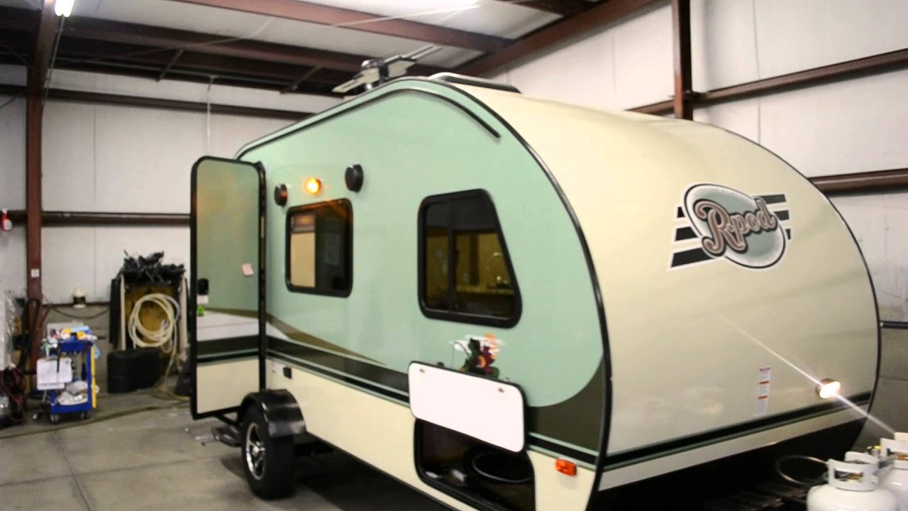 2016 1 2 R Pod 180 Trailer At Couch S Rv Nation Wholesale