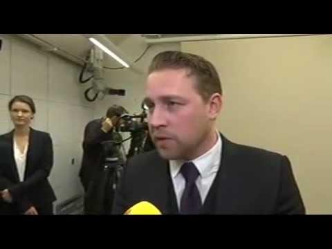 Mattias Karlsson (SD) om Sveriges kamp mot IS - YouTube