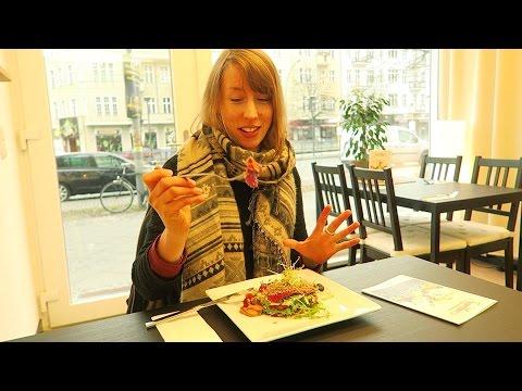 RAW VEGAN GOURMET FOOD IN BERLIN!! SOOO GOOD!