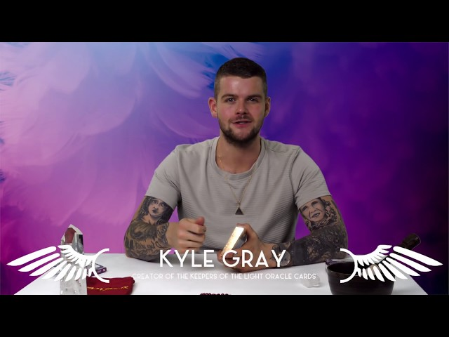 Kyle Gray - How To Create Oracle Card Spreads & Give
