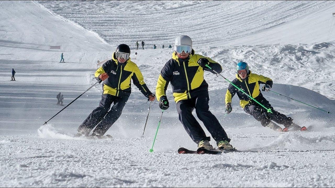 Синхронное катание на горных лыжах, тренировка демо команды [Riders School, Роза Хутор]