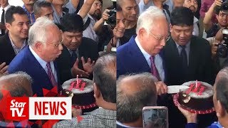 Birthday surprise for Najib