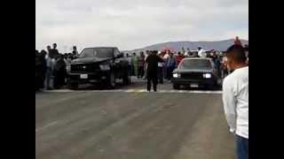 Repeat youtube video CARRERAS LA BARCA JALISCO 12-12-12 DODGE RAM RT VS CHEVROLET MALIBU