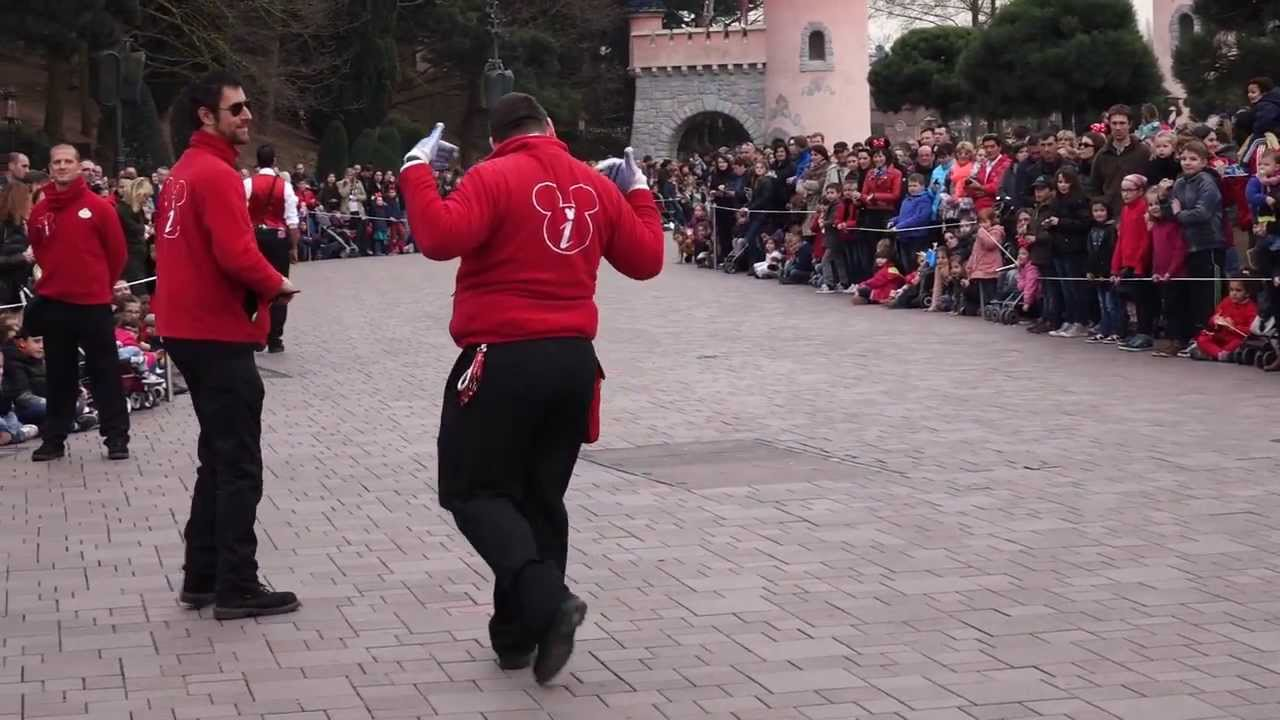 Disneyland Paris Cast Members are warming up the crowd for the Parade ...