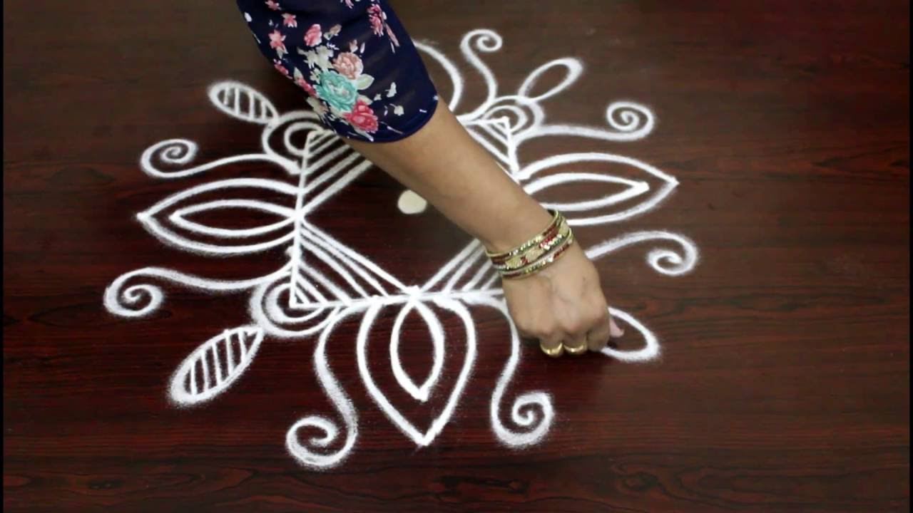 Lotus flower kolam designs with 5 to 1 straight dots muggulu lotus flower kolam designs with 5 to 1 straight dots muggulu designs with dots easy rangoli design dhlflorist Image collections