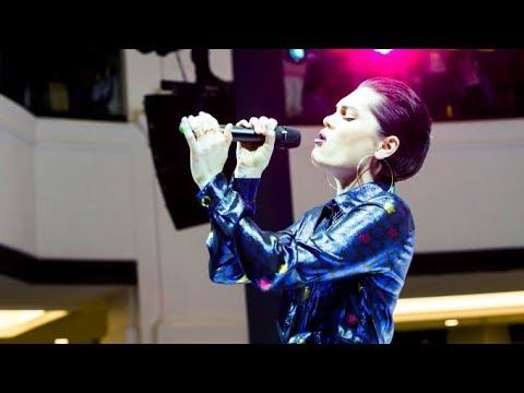 Jessie J Live at Mall of the Emirates