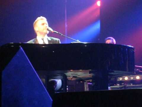 Gary Barlow - Open Road - Waterfront Hall, Belfast 8th Jan 2013