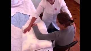 Уход за престарелыми: пересаживание больного. Дом для престарелых(, 2016-11-05T07:46:56.000Z)