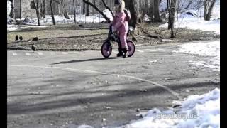 видео Беспедальный велосипед BELLELLI B-Bip
