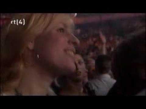 IOS - Uit de Schaduw (De vrienden van Amstel live! in Ahoy'