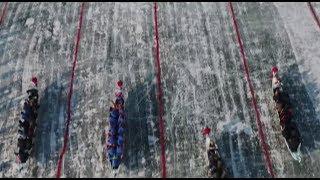 В Китае прошли гонки на льду на традиционных лодках-драконах