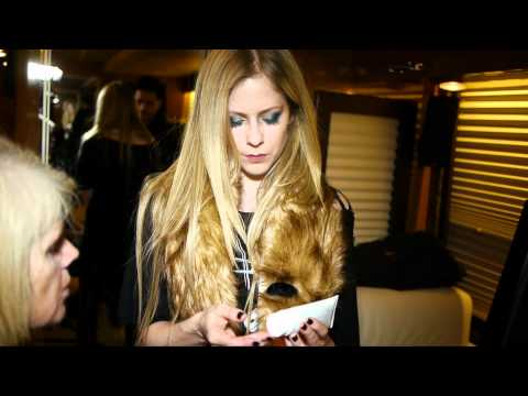 "Avril Lavigne ""Alice"" music video makeup tutorial 