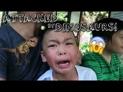 Attacked By Dinosaurs!!! - Dinosaurs Island Clark, Pampanga | The Santiago Family
