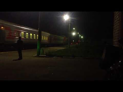 Пригородный поезд Иваново - Юрьев-Польский едет в Бавлены .
