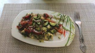 Легкий летний салат с адыгейским сыром