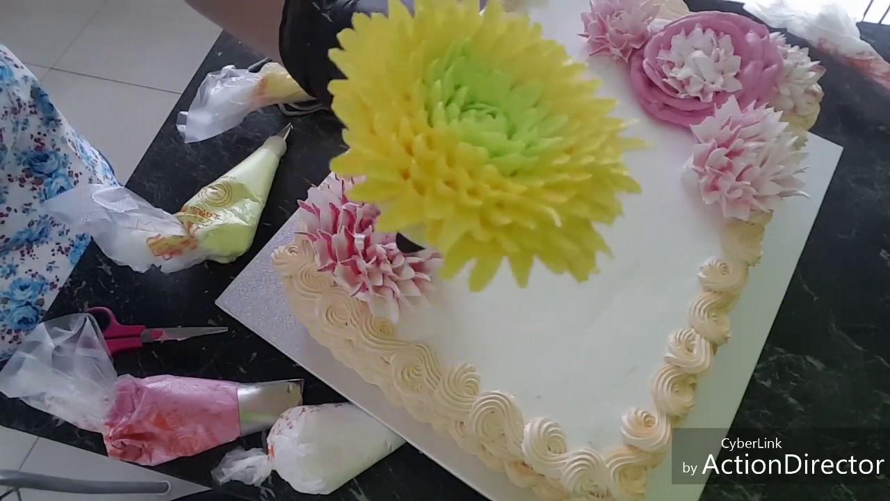 хризантемы из белкового крема пошагово фото затянуть вмешательство хирургов
