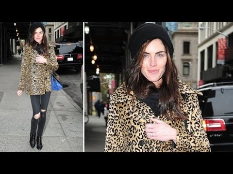 Hilary Rhoda Puts All Eyes on Her Engagement Ring | Fashion Flash