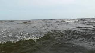 Классный пляж на заливе