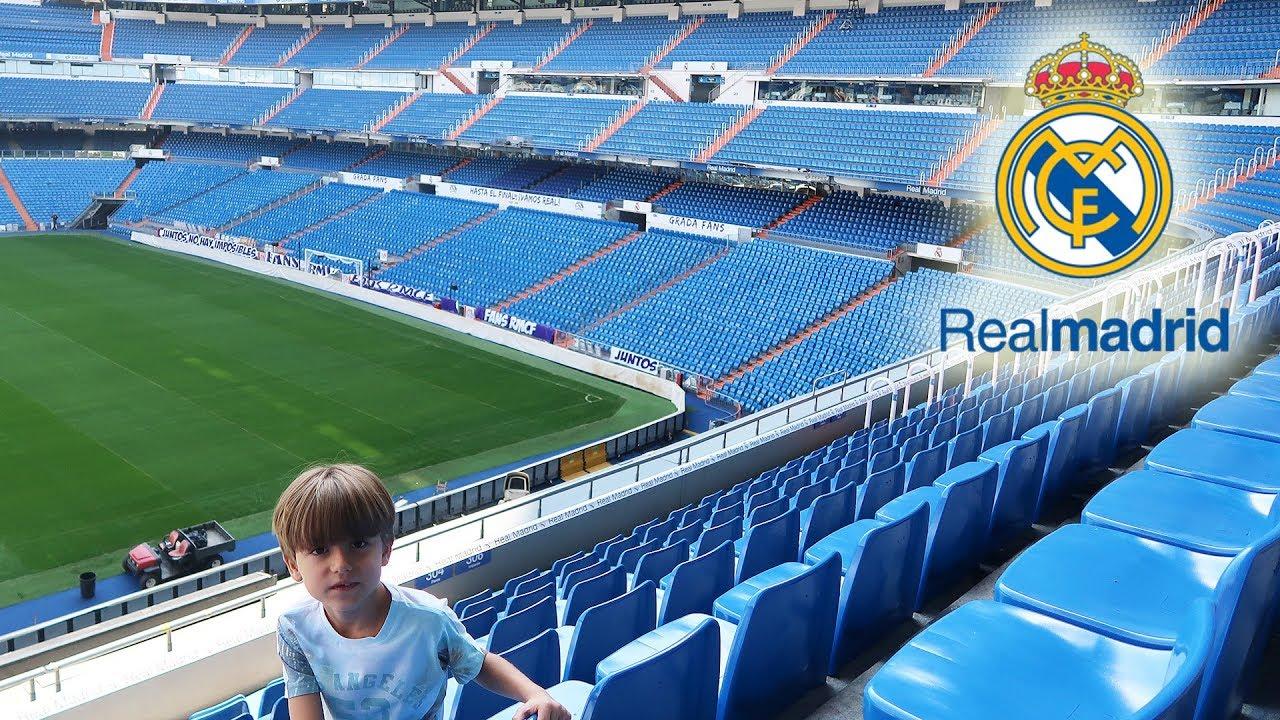 Real madrid stadium santiago bernabeu tour 1 family fun for Puerta 6 santiago bernabeu