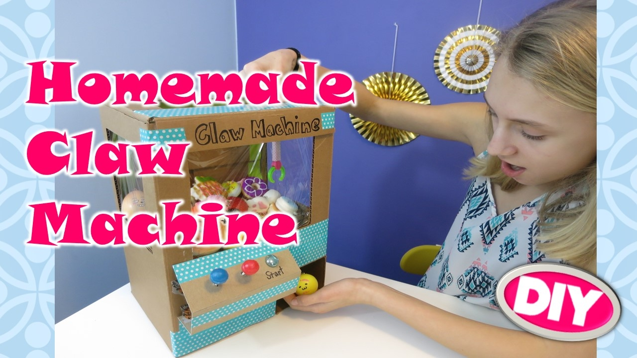 HOMEMADE CLAW MACHINE for SQUISHY PRIZES / DIY / BEST EVER