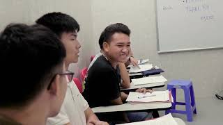 CMN Education - teaching an adults' class focusing on pronunciation, listening and speaking