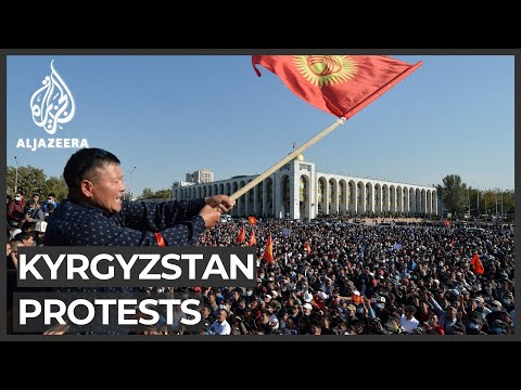 Kyrgyzstan protesters seize gov't house, free ex-leader Atam