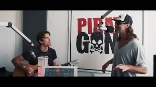 """Reef performing their song """"place your hands"""" unplugged for gong 97.1 in nuremberg. check out new album """"revelation"""""""