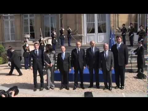 Passation de pouvoirs entre Alain Juppé et Laurent Fabius (17.05.2012)