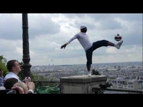 Iya Traore - Amazing Football Artist - Paris, Sacré Couer 2012