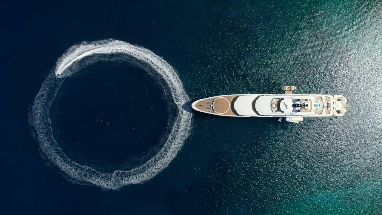 Greek super-luxury yacht 'O'Pari' arrives in Mykonos