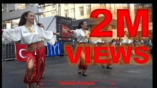 Download Video Amazing Turkish Dance - Toronto Downtown MP3 3GP MP4