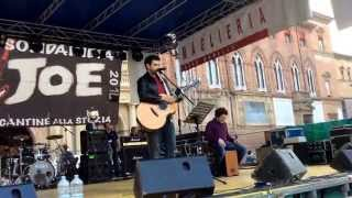Il grande  Lorenzo Visci  live in Piazza Maggiore a Bologna per Hey Joe