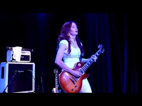 【Zepparella】 Heartbreaker / Living Loving Maid (Sweetwater Music Hall - 12/10/16)